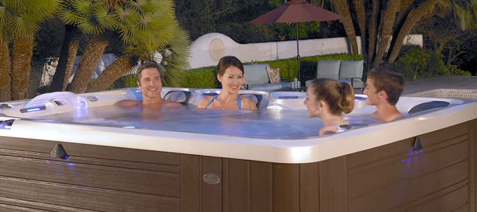 Used Hot Tubs Family Image